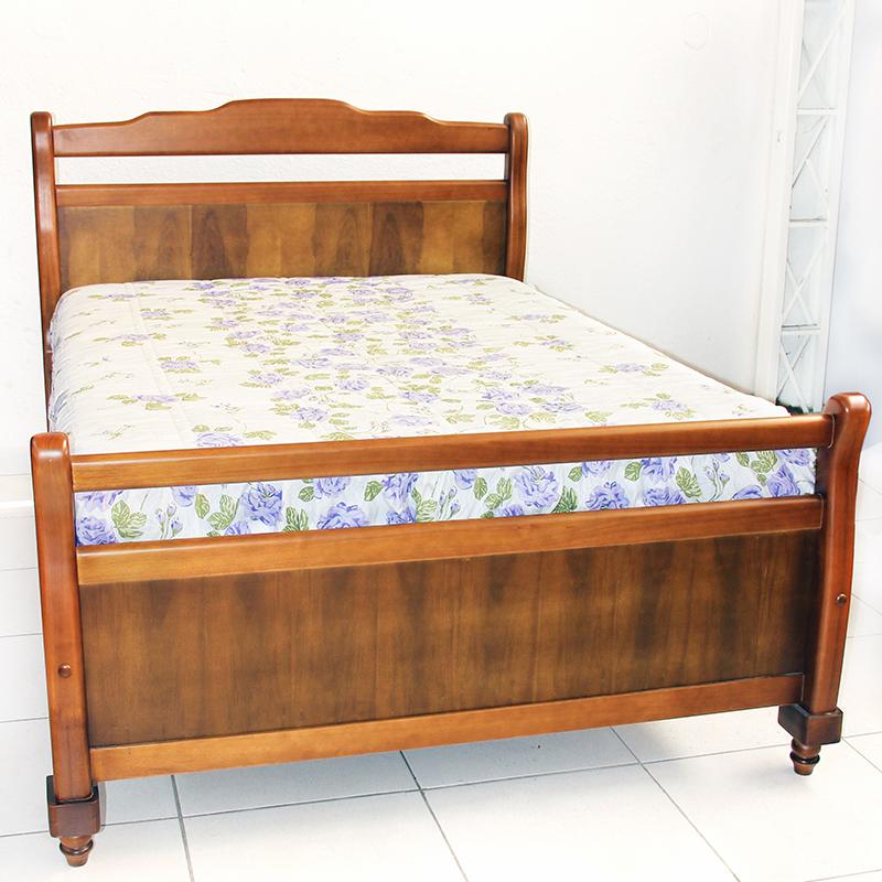 Cama casal de madeira inglesa raizes m veis artefatos em for Cama cama cama cama cama