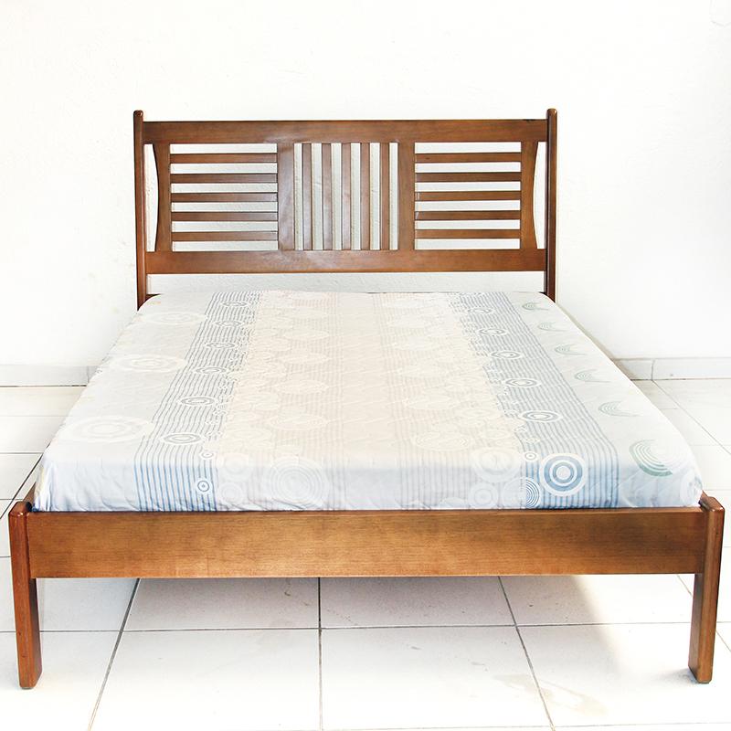 Cama casal de madeira bela verona raizes m veis for Cama cama cama cama cama